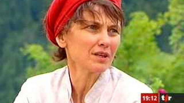 Série d'été: interview de Judith Baumann, cusinière en direct de Cerniat (FR) - Couleurs locales - TV - Play RTS - Radio Télévision Suisse - 640