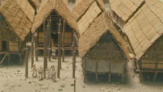 Visite guidée: Un village lacustre reconstitué