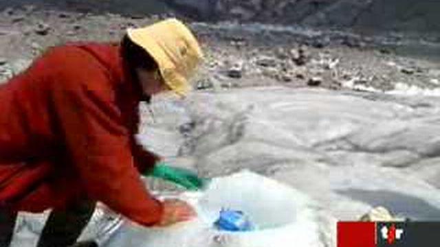 Zermatt (VS): l'Université de Zurich étudie la fonte des glaciers sur le terrain