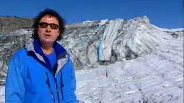 Valais: les bâches protégeant le glacier du Mont-Fort ont été retirées