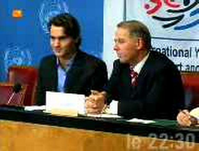 Rencontre à l´ONU entre Roger Federer et Adolf Ogi