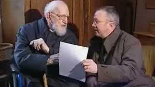 L'Abbé Pierre à Genève à l'occasion du 50e anniversaire de l'appel de l'hiver 54