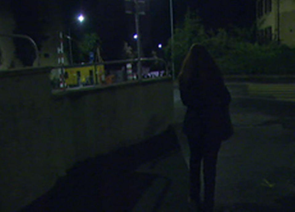 La journaliste Karine Vasarino [RSR] se lève à 2 heures pour prendre le travaille à 3 heures du matin