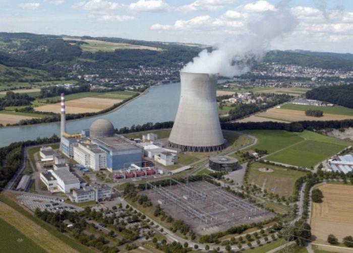 """Résultat de recherche d'images pour """"photo centrale nucleaire suisse"""""""
