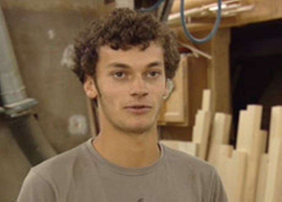 Cédric, skater à Yverdon, vient demander des modifications sur sa planche