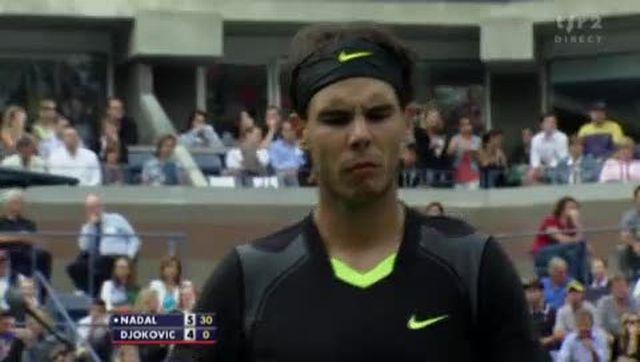 Tennis / US Open (Finale): Rafael Nadal (ESP) - Novak Djokovic (SRB). Un beau duel de cogneur qui va à l'aventage de l'Espagnol dans cette 1ère manche 6-4
