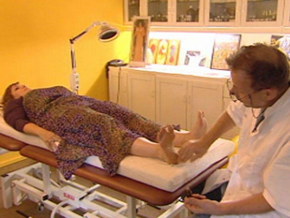 Pierre-Olivier Tauxe avec une de ses patientes