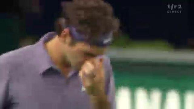 """Tennis / Paris-Bercy: Revivez les moments forts du premier set """"Federer-Montfils"""" et découvrez le résumé du match dans Sport dernière!"""