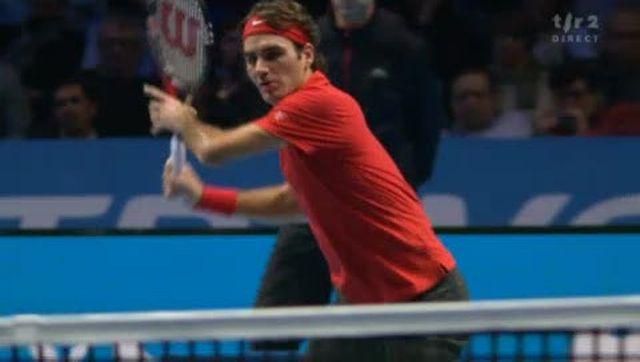 Tennis / Masters (demi-finale): Federer réussit un point magnifique contre Djokovic