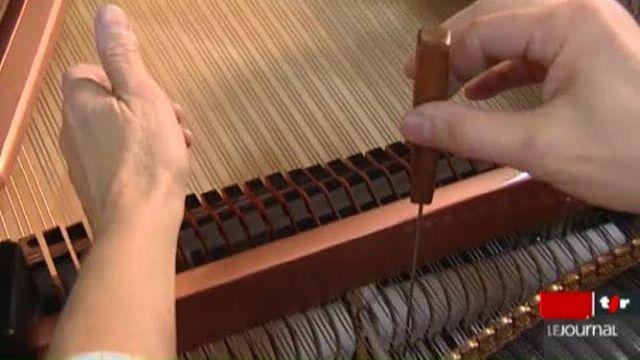 Le minimag: portrait de Pierre Fuhrer, un passionné qui s'adonne à la rénovation de pianos prestigieux