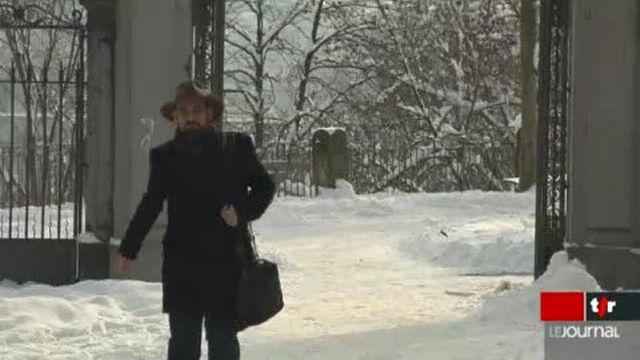 Les liens entre Julien Assange et la Suisse s'intensifient ces dernières semaines. L'ambassadeur américain à Berne réagit