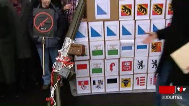 """Suisse: le Conseil fédéral lance la campagne contre l'initiative """"pour la protection face à la violence des armes"""""""