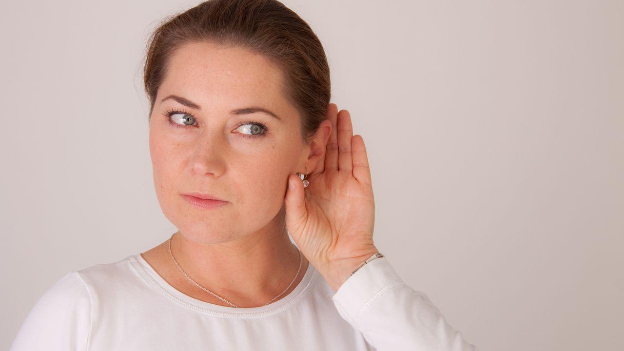 La surdité brusque peut être lié à un état de grande fatigue et de stress. [1000 Words Images - Fotolia]