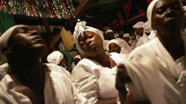 Pâques 2007, cérémonie au village de Souvenance  [Keystone]
