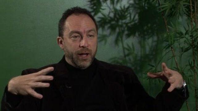 Interview du fondateur de Wikipédia Jimmy Wales par la BBC (en anglais)