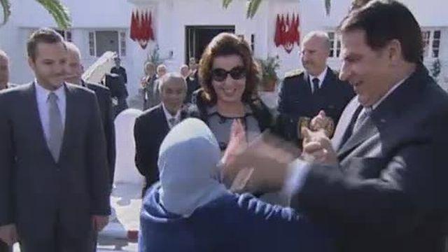 La Suisse bloque les fonds de Ben Ali et Gbagbo