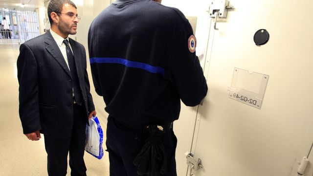 En France, des aumôniers musulmans rendent visite aux prisonniers [MEHDI FEDOUACH  - AFP]