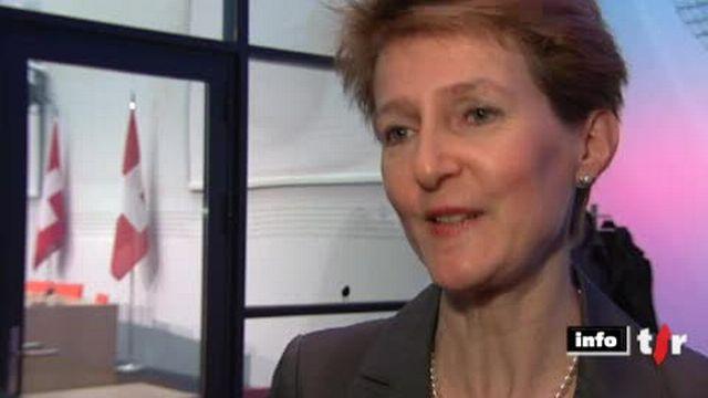 Naturalisations en Suisse: la conseillère fédérale Simonetta Sommaruga présente une révision de la loi