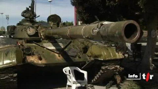 Libye: les combats font rage entre insurgés et forces loyales à Mouammar Kadhafi