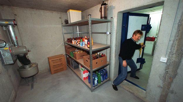 Les abris pc ne devraient plus tre obligatoires suisse - Construire abri anti atomique ...