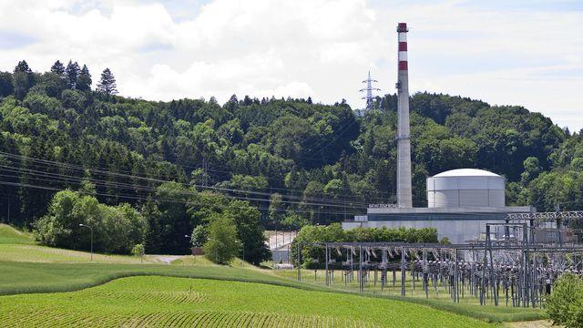 Existerait-il un doute sur les normes de sécurité des centrales suisses? Ici, la centrale nucléaire de Mülheberg. [GAETAN BALLY ]