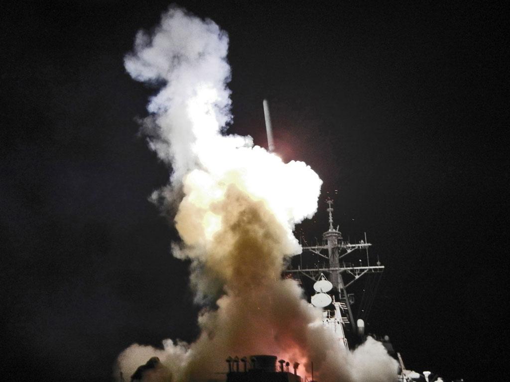 Les Etats-Unis ont tiré des missiles sur une base aérienne syrienne
