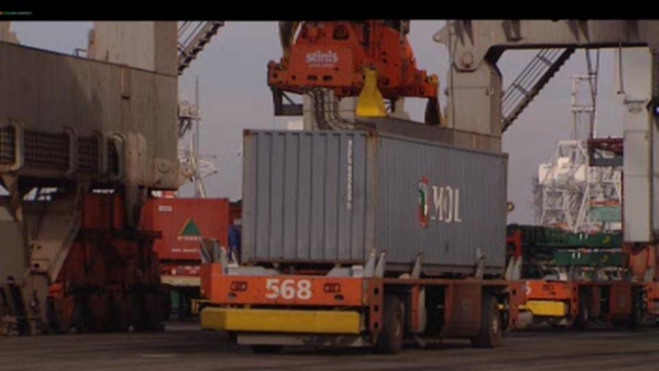 Des importations massives par voie maritime