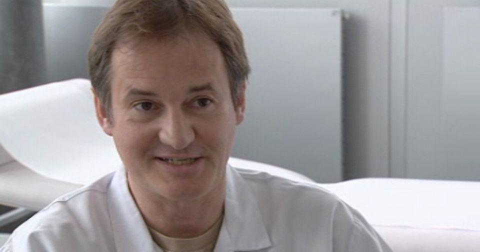Bernard Noël, Dermatologue