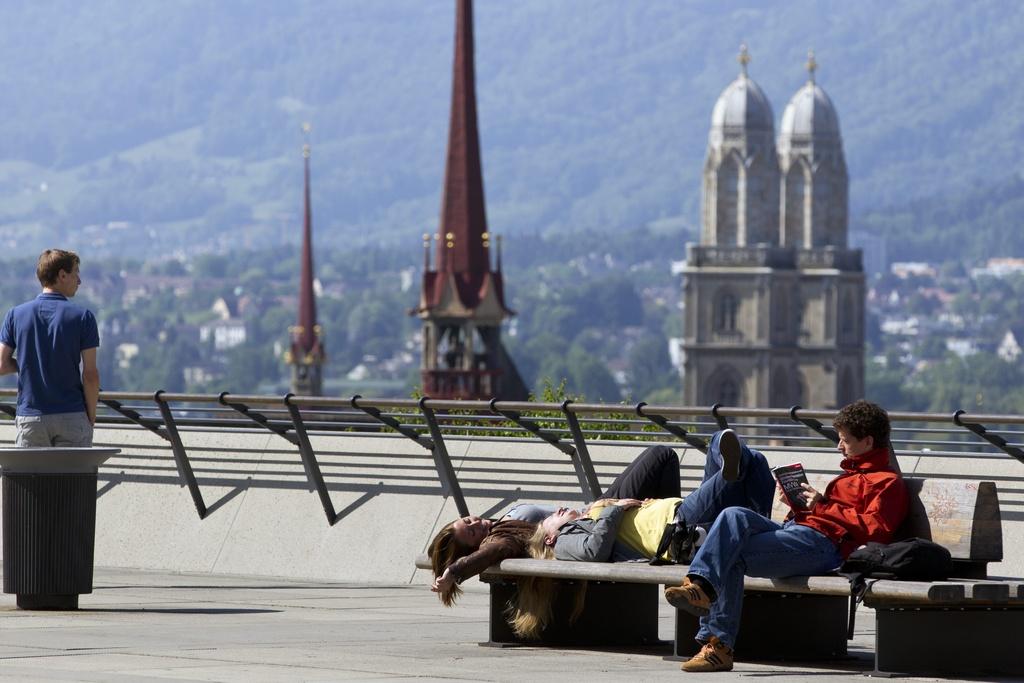 il fait bon vivre dans les villes suisses bien class es suisse. Black Bedroom Furniture Sets. Home Design Ideas