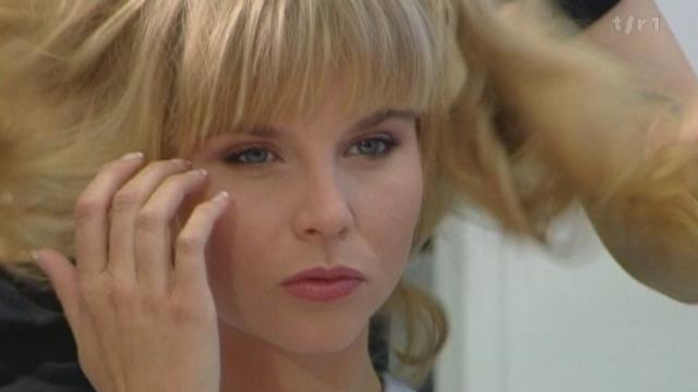 Dossier: les blondes font-elles vendre ? avec James Aymon