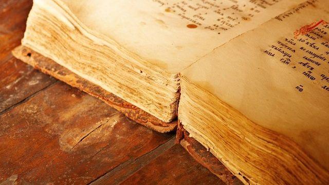 L'Eglise catholoique se base sur des textes bibliques vieux de 3000 ans. [Dmitry Pichugin - Fotolia.com]