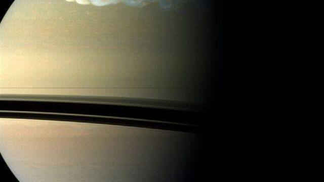 Photo fournie par la Nasa montrant la planète Saturne [AFP]