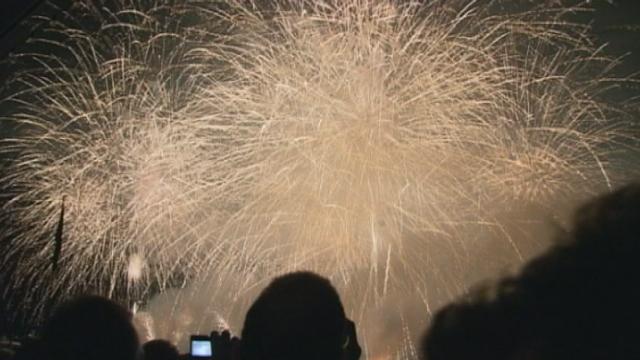 Grande foule pour le feu d'artifice des Fêtes de Genève