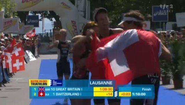 Triathlon / Mondiaux de Lausanne: arrivée de l'épreuve par équipes mixtes
