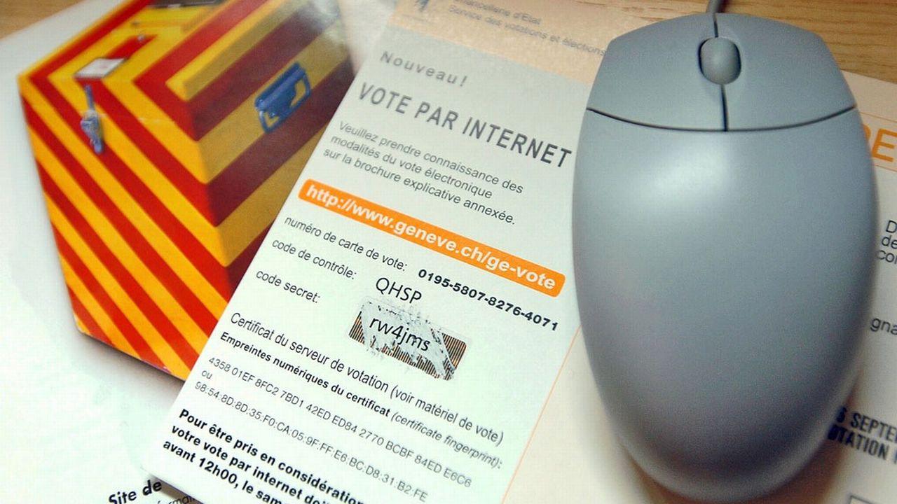 Le vote par internet sur des sujets fédéraux a été testé pour la première fois à Genève en 2004. [Martial Trezzini - Keystone]