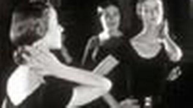 Chef opérateur, il a pris de nombreuses images de danse classique.