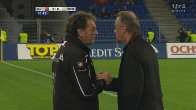 Football / Euro 2012 (éliminatoires): Suisse - Monténégro. Occasion pour Mehmedi, le gardien Bozovic sauve. La Suisse ne relâche pas la pression et lichtsteiner marque le 2-0 (65e)