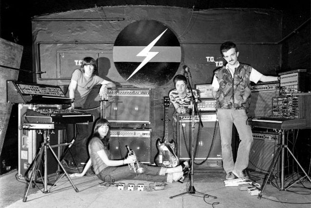 Le groupe Throbbing Gristle en 1980.
