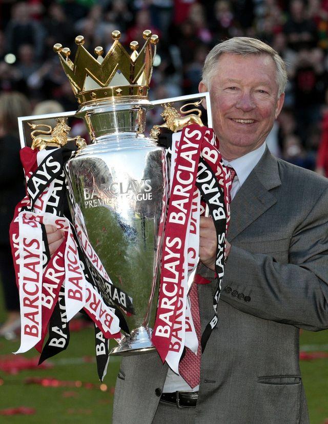 Des titres, Sir Alex Ferguson en a gagné un paquet avec Manchester United. Et il aimerait bien encore garnir sa collection. [Jon Super - Keystone]
