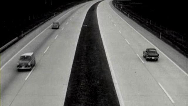 La circulation sur l'autoroute [TSR 1964]