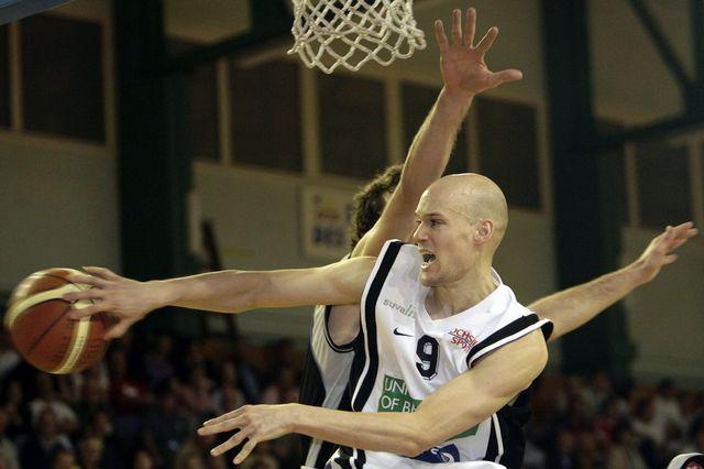 Le joueur de basket Harold Mrazek en février 2007. [Salvatore Di Nolfi - Keystone]