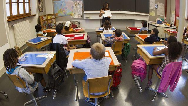 En Suisse romande, les écarts de niveau entre écoliers a diminué. [Salvatore Di Nolfi - Keystone]