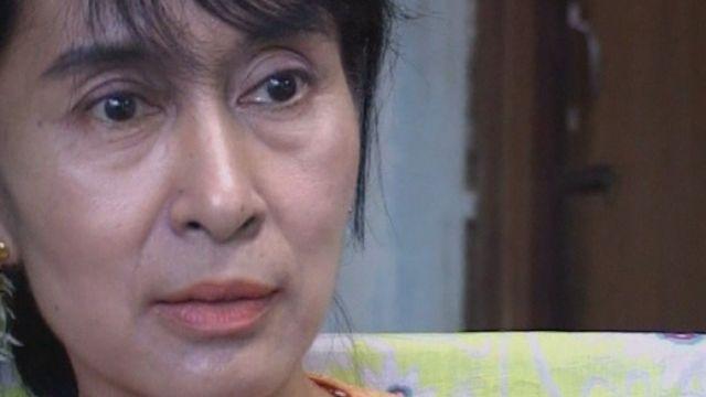 Aung San Suu Kyi, la Birmanie de l'espoir - (2003)