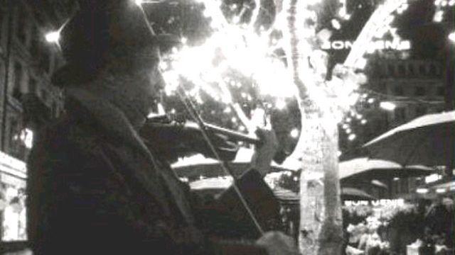 Violoniste à Noël [TSR 1967]