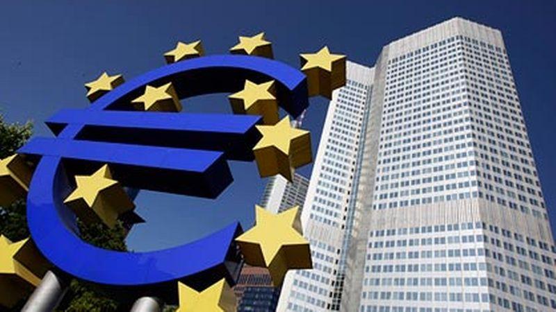 OPI rencontre un Royal vs euros euro