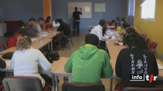 Espagne/Fort taux de chômage: pour les jeunes, leur avenir est synonyme d'émigration, mais pour espérer décrocher un contrat, il faut maîtriser des langues étrangères comme l'Allemand