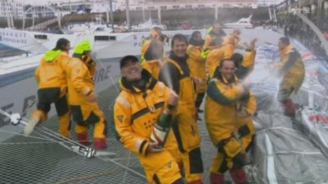 Voile / Trophée Jules Verne: En parcourant 29'000 milles marins en quarante-cinq jours et treize heures, Loïck Perron et son équipage détiennent un nouveau record