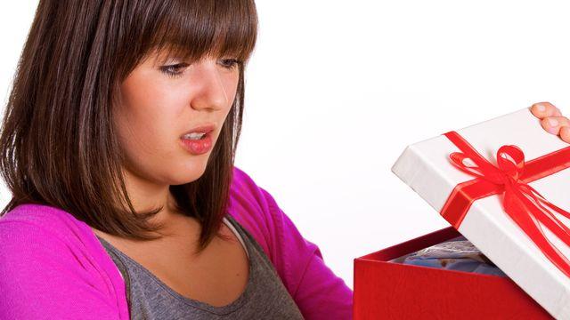 Certains cadeaux ne font pas forcément plaisir. [Light Impression - Fotolia]