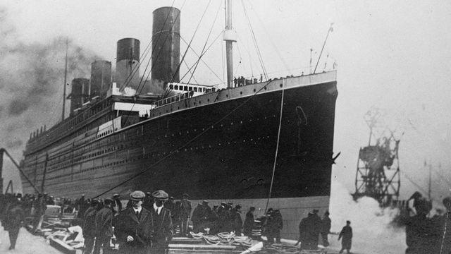 """Le """"Titanic"""", qui a sombré dans la nuit du 14 au 15 avril 1912. [Albert Harlingue - Roger Viollet / AFP]"""