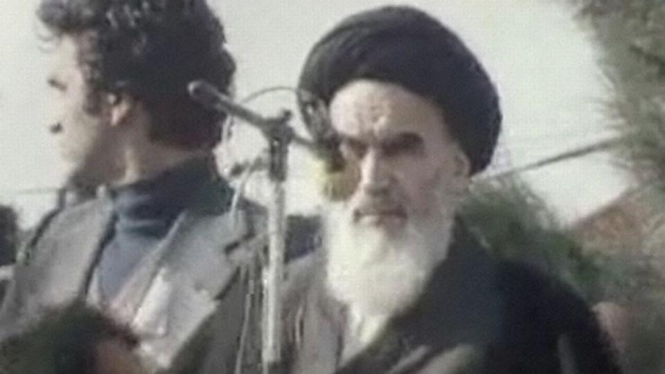 L'Ayatollah Khomeyni à son retour en Iran en 1979. [RTS]